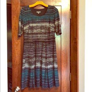 Roz&Ali women's short sleeve dress size 8
